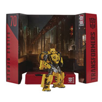 Image: Transformers Gen Studio Series Deluxe TF6 Bumblebee Action Figure Case  - Hasbro Toy Group