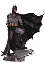 Image: DC Designer Series Deluxe Statue: Batman by Alex Ross  - DC Comics