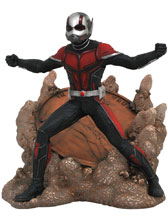 Image: Marvel Gallery PVC Statue: Ant-Man and the Wasp - Ant-Man  - Diamond Select Toys LLC