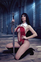 Image: Vengeance of Vampirella Vol. 02 #10 (incentive 1:20 cover - Cosplay Virgin) - Dynamite