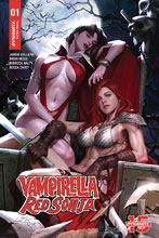 Image: Vampirella / Red Sonja #1 (incentive cover - Lee) (25-copy) - Dynamite