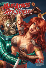 Image: Mars Attacks / Red Sonja #1 (incentive 1:10 cover - Quah Card Homage) - Dynamite