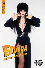 Image: Elvira: Mistress of the Dark #10 (cover D - Photo) - Dynamite