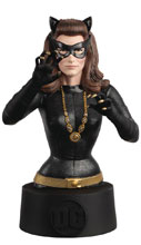 Image: DC Batman Universe Bust Collectible #28 (1966 Catwoman) - Eaglemoss Publications Ltd