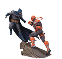 Image: Batman Statue: Batman vs. Deathstroke  (Battle) - DC Comics