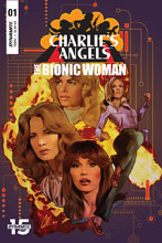 Image: Charlie's Angels vs. Bionic Woman #1 (cover A - Staggs) - Dynamite