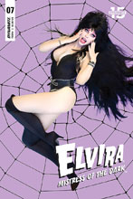 Image: Elvira: Mistress of the Dark #7 (cover D - Photo) - Dynamite