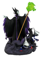 Image: Kingdom Hearts 3 PVC Statue: Maleficent  (Gamestop) - Diamond Select Toys LLC