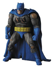 Image: The Dark Knight Returns MAFEX Action Figure: Triumphant Batman  - Medicom Toy Corporation