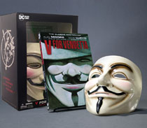 Image: V for Vendetta Book and Mask Set  (new edition) - DC - Black Label