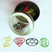 Image: Justice League 40-Piece Paper Clip Set  -