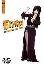 Image: Elvira: Mistress of the Dark #6 (cover D - Photo) - Dynamite
