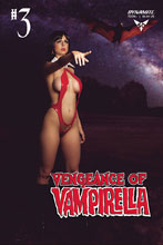 Image: Vengeance of Vampirella #3 (cover D - Cosplay) - Dynamite